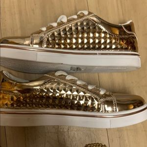 NWT GOLD SNEAKERS W/ white Laces